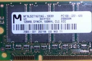 Micron 128MB 168pin PC100 ECC SDRAM